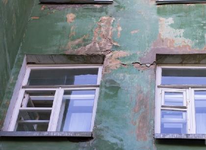 ВЧереповце 2-летний сын выжил после падения с4 этажа