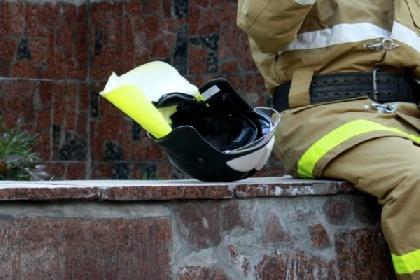 ВКунгуре пожарные спасли изгорящего здания 10 человек