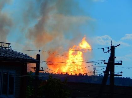 Cотрудники экстренных служб потушили пожар нагазопроводе, произошедший вПермском крае