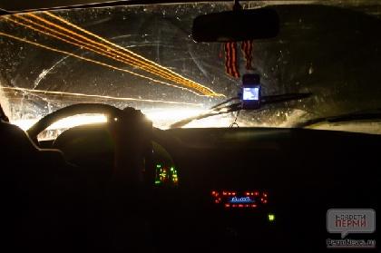 ВПерми мужчина обстрелял автомобиль такси изпистолета