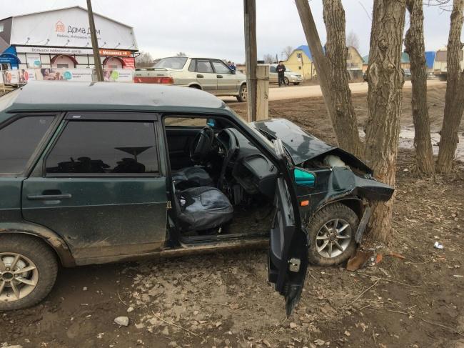 ВКудымкаре нетрезвый шофёр въехал вдерево
