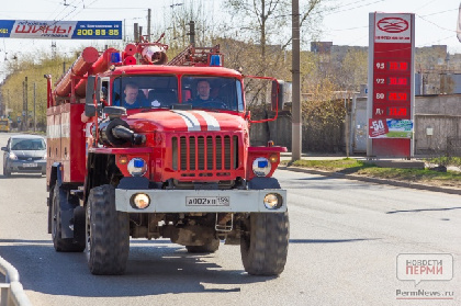 В Закамске подросток спас от огня детей